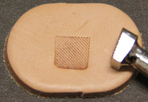 Punziereisen / Prägewerkzeug / Lederstempel B202L ( E-08 )