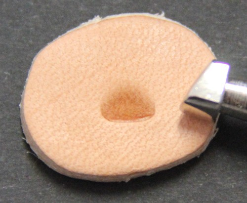 Punziereisen / Prägewerkzeug / Lederstempel B200 ( S IV-04 )